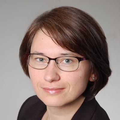 Dr. Lucia Kriváneková