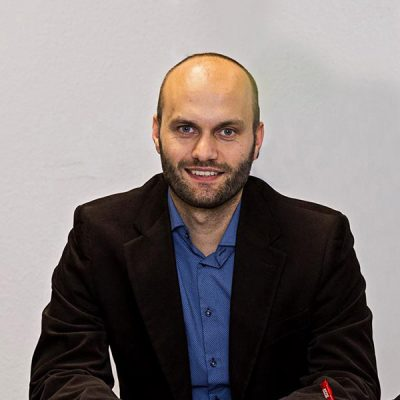 Dr. Matthias Pischan